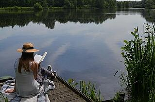 summer reading_450.jpg